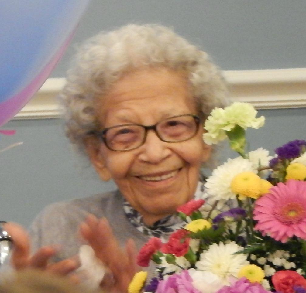 Residents 100th Birthday Celebration Sagepoint Senior Living Services